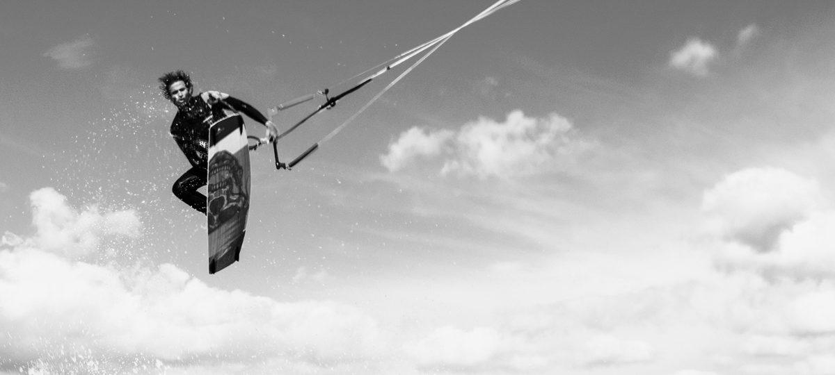 Alvaro Onieva - Professional Kiteboarder
